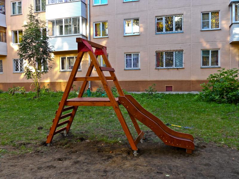 Детская горка для двора